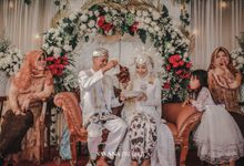 the wedding of ulfia & Ipung by Savana Project
