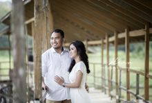 Prewedding Indoor & Outdoor by Herophotography