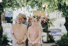 SUNDANESE AKAD of ARI & ASTARI by  Menara Mandiri by IKK Wedding (ex. Plaza Bapindo)