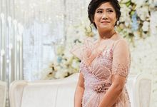 Mother of Groom - Diana by Vica Wang