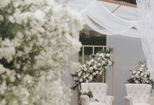 Simple Wedding but Elegant! by Tianita Wedding