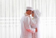 The Wedding of Ayu & Aris by Inspiring Inside