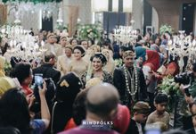 JAVANESE WEDDING OF BIANTY & GILANG by  Menara Mandiri by IKK Wedding (ex. Plaza Bapindo)