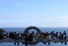 Cliff Wedding in Bali by Happy Bali Wedding