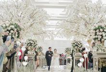 INTERNATIONAL RECEPTION OF FIFI & IAN by  Menara Mandiri by IKK Wedding (ex. Plaza Bapindo)