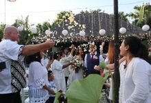 Private Villa Wedding in Bali by Happy Bali Wedding