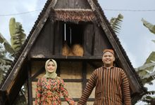 Traditional Jawa prewedding concept by Meemotret