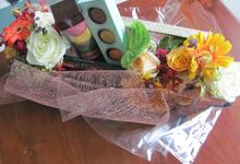 Gift Box Chocolate 2 by Bali Florist-Studio Alami