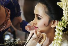 Senya in Sunda Puteri by Sanggar Tien Santoso