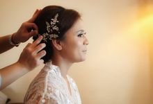 The Wedding of Supri & Delvi by Favor Brides