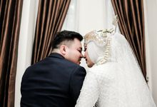 Courtesy wedding of Siska & Oky by Proscapictura. Id