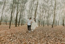 Pre Wedding Outdoor D & R by Willie William Photography