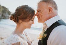Lyndsy and Terry Beach Wedding by Happy Bali Wedding