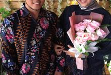 The Engagement of Sarah & Erlangga by Inikreasiku