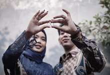 The Engagement of Hendy & Tya by Inikreasiku