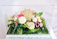 White silver tray for wedding IIn by Inikreasiku
