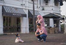 Yosi's Family by Idenara Project