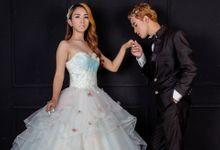 Couple Prewed & Wedding Photoshoot by Makeupby.febel