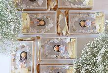 Bridesmaid Gift by de hijau hejo