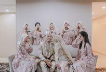 The Wedding Of Isye & Taufik by newlyweds.wo
