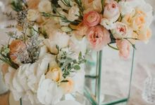 ELEGANT INTIMATE WEDDING by It's True Wedding Planner and Decoration