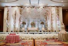 Skenoo Hall - Various Wedding Stage Decoration at Skenoo Hall Emporium Pluit by IKK Wedding Venue