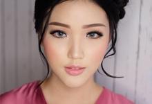 Wedding Makeup for Viona by Ivany Nugraha Make Up