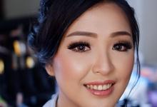 Engagement Makeup for Yunita by Ivany Nugraha Make Up