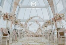 Romantic Elegant White Pink Wedding Ceremony & Dinner Decoration by Bali Wedding Service
