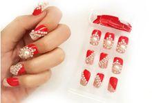 nail art- 24 pcs kuku palsu dengan warna merah merona dengan hiasan yang mewah by Triwindu shop