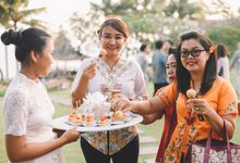THE WEDDING OF YOVIN & LISA by Oma Thia's Kitchen Catering