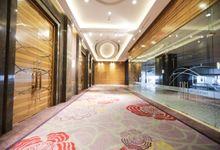 Foyer Area of Skenoo Hall Emporium Pluit by IKK Wedding Venue