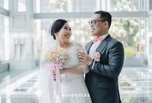 From Ricky & Desti Holy Matrimony by Skenoo Hall Emporium Pluit by IKK Wedding