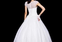 WEDDING GOWN XXV by JCL FOTO BRIDAL SALON