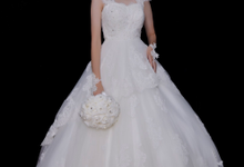 WEDDING GOWN XXXII by JCL FOTO BRIDAL SALON