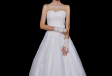 WEDDING GOWN XXXIII by JCL FOTO BRIDAL SALON