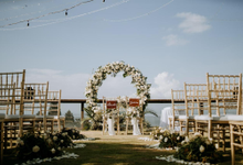 The Wedding of Ryana & Mick by jicoo bali