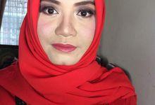 Graduation Makeup by Abidahemasmakeup