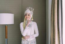 The Wedding of Dinda & Adjie at Shangrila Jakarta by Warna Project