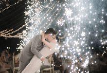 Intimate Elegant Wedding at Rumah Luwih, Overviewing Beautiful Black-Sand Beach by Varawedding