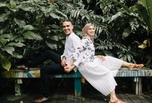 Tropical forest elopement by Amelia Soo photography
