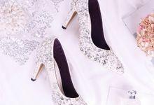 Sepatu Pointed Rhinestone Ivory Putih by SLIGHTshop.com