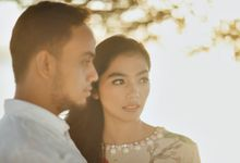 Milka & Ray Pre-Wedding Portrait by JAYSU Weddings by Jacky Suharto