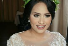 Make Up and Attire : Mega by LZ Service