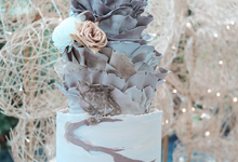 The Wedding of Dian & Galang by KAIA Cakes & Co.