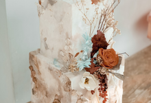The wedding of Iwen & Devina by KAIA Cakes & Co.