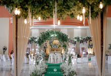 Dekorasi gedung by Karina Weddings