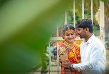 Candid Wedding by Royera Weddings