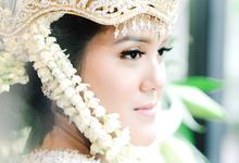 Sandra-Moggi by Katha Photography