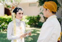 A Solemn Outdoor Wedding Ceremony that Rich in Traditional and Cultural Heritage by Kalyaharsa